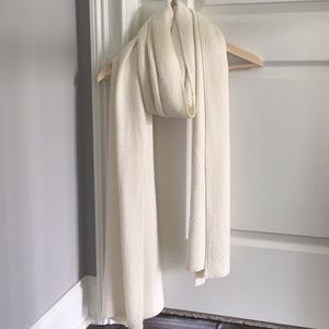 Cream knit blanket scarf